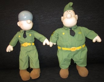 1985 Sarge and Beetle Bailey 14 Inch Dolls - King Features Syndicate - Presents Div of Hamilton Tags