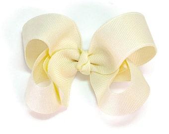 Ivory Hair Bow, Baby Hair Bows, 3 inch Bows, Hair Bows, Hairbows, 300
