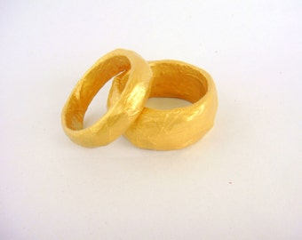 set of 2 papier mache bracelets, bangles, free shipping, gold colour, paper jewelry, eco friendly, casual, luxury, special gift for her, mom
