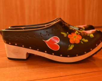 Handpainted Leather clogs