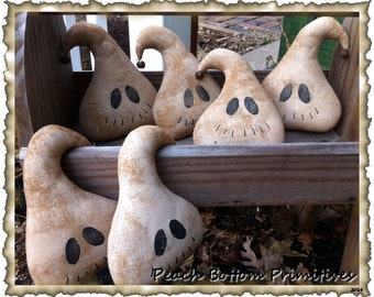 Halloween Fall Primitive Grungy Ghost Ornies ePattern
