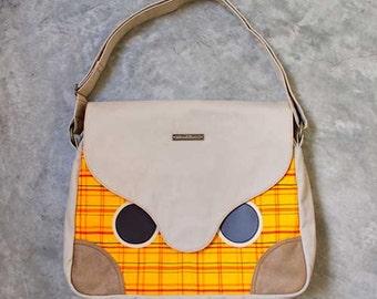 Messenger - Hoot The Owl Messenger with Padded Laptop/ iPad Pockets (Vintage Kimono Plaid)