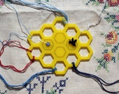 Honeycomb and Bee - Embroidery floss organizer