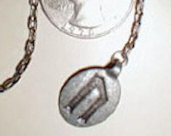 pewter ur rune pendulum / clearance / metaphysical