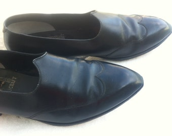 Johnston & Murphy Aristocraft Mens Black Leather Shoes - Authentic 60s Vintage - Peak Front Wingtip Mad Men Dracula Hipster Slip On Loafers