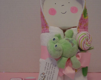 Hooded Towel gift set/Green Frog/Warm and Cozies/Baby Shower Gift Set/Great new baby gift