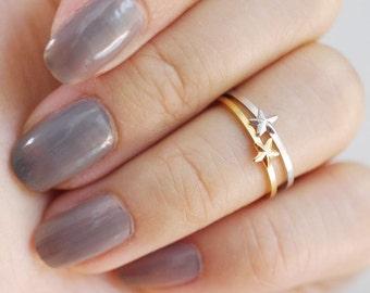 tiny star midi ring . star knuckle ring . nautical star ring . wishing ring . star stacking ring . wish ring // 4TSTR
