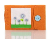 Small Needle Case, Wool Pin Holder, Handmade Felt Needle Book, Quilter Gift, Sewing Storage, Pin Organizer, Tiny Felt Flower Book