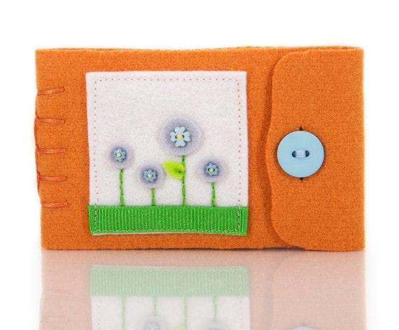 Small Needle Case Wool Pin Holder Handmade Felt Needle Book