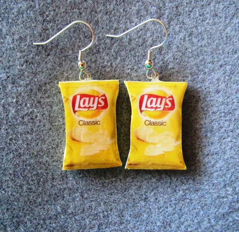 107 lays potato chip clip art  Public domain vectors