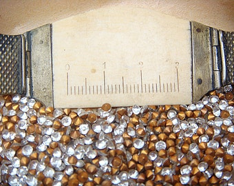 Small RHINESTONE 8ss,  2.40mm, or PP17 -- Lot of (720) 6 Gross Vintage Glass Round Jewel Gold Foil Point Back jc rd8sspb MORE AVAlLABLE