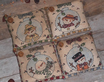 4 Primitive Rustic Folk Art Whimsical Christmas Winter Holiday Snowman Friends Bowl Fillers Ornies Ornaments Mini Pillows Tucks
