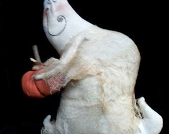 Primitive Halloween Ghost Duncan