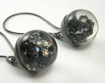 Black Earrings, Oxidized Silver Mineral Earrings, Carborundum Earrings, Resin Earrings with a Black Silver Cap, Unique Fashion Earrings