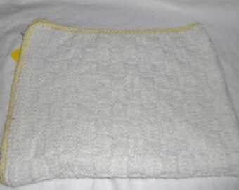 Knitted Baby Blanket White with Yellow Trim #5039