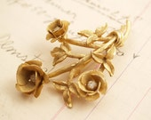 Vintage Golden Roses Brooch Pin - To Benefit Heart Strings