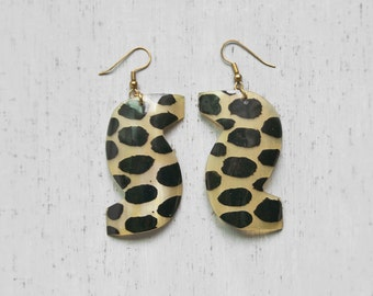 SALE! Vintage Natural Horn Earrings - large lightweight S shaped with leopard spots