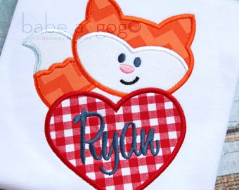 Who Does the Fox Love? Valentine Tee Shirt by babe-a-gogo for Toddlers, Boys or Girls