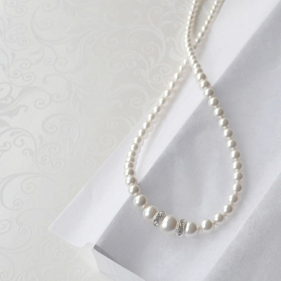 Elegant White Pearl Bridal Necklace, Bridesmaid Jewelry, Wedding Necklace, Pearl Strand, Pearl and Crystal Necklace, Pearl Bridal Jewelry