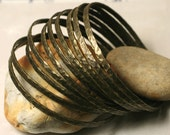 Stacking Bangle Bracelets, Antique Brass Bangles, Hammered Bangles, Textured Bangles, 4 pcs (item ID ABBW68N)