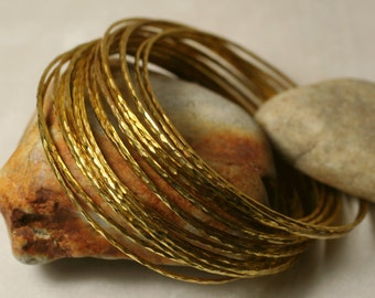 Stacking Bangle Bracelets, Gold Plated Bangles, Handmade Bangles, Hammered Bangles, 2 pieces (item ID GPBT65N)