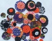 HALLOWEEN Fabric Flowers Appliques Rosettes Party Pinwheels Hair Accessories YoYo 40 Headband Embellishment