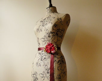 Etched Roses Floral Mannequin Dress Form Bust - Phoebe
