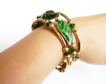Gold Memory Wire Bracelet, Green Cloisonné Leaf Beads, Handmade Jewelry