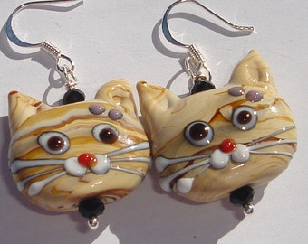 tan striped tabby cat glass lamp work detailed cat face pierced dangle hand made wire wrapped earrings