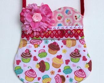 Cupcake Toss Purse-Ready to ship