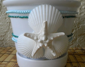 "White Ceramic Planter, 6 "" Glazed White Pot, Starfish, etoile de mer"