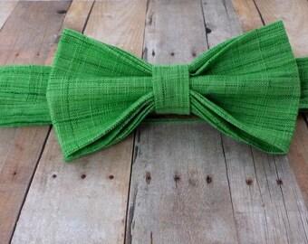 Bow Tie - Spring Green - Kelly Green - Irish - St. Patrick's Day - Dapper Dudes - Adult - Mens - Textured Cotton