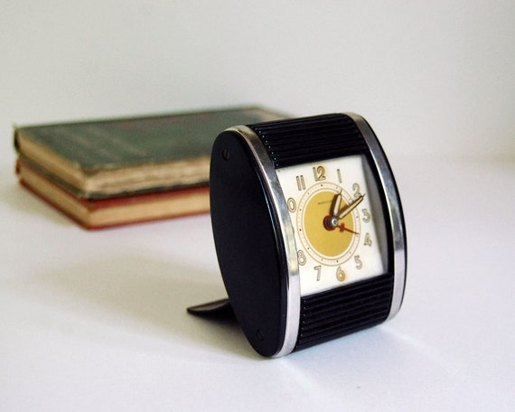 vintage clock westclox travalarm travel alarm roll top clock. Black Bedroom Furniture Sets. Home Design Ideas