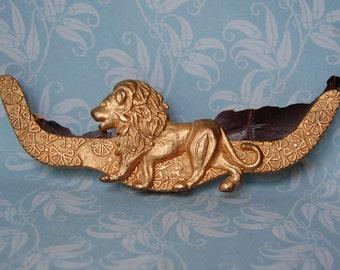 Vintage Gold Metal Lion Finding Purse Embellishment 1970s
