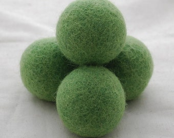 4cm Felt Balls - 5 Count - Light Asparagus Green