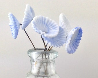 Vintage White and Blue Glass Flowers on Wire Stems (6) bds660G