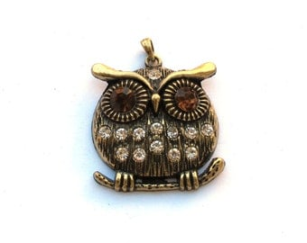Antiqued Bronze 52mm x 42mm OWL Pendant with Crystals, 1005-02
