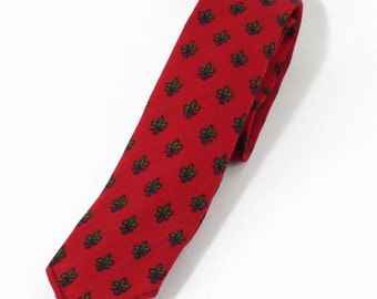 Vintage 1960s Skinny Necktie Tie Dark Red Patterned by Wembley Golden House - Original Box