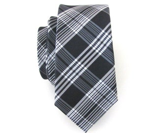 Skinny Tie. Mens Tie. Black and White Plaid Skinny Tie