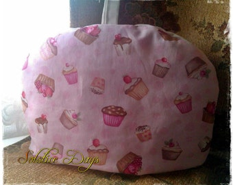 TEA COSY, a pretty and practical addition for the kitchen, green floral, pink cupcakes