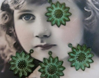 Verdigris Patina Charming Sunflower Charms 281VER x2