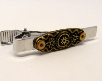 Steampunk tie tack. Steampunk men