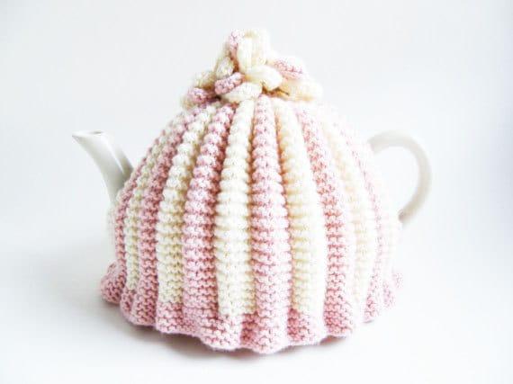 Knitting Patterns For Beginners Tea Cosy : Tea cosy pattern, knitting pattern, tea cosy, beginner knitting, tea cozy, kn...