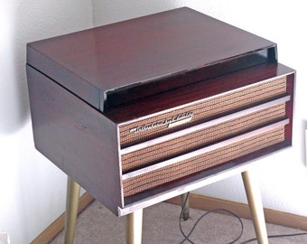 1957 RCA Orthophonic Modern Record Player Restored w-Warranty