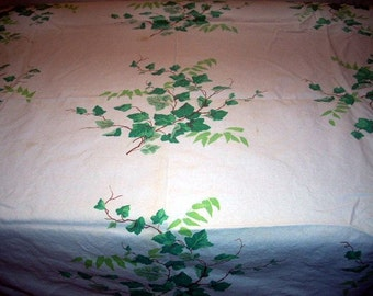 WILENDUR Ivy Tablecloth, Cutter? Mid Century, Vintage 50s,60s