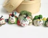 Omochi Doll - Green String Family