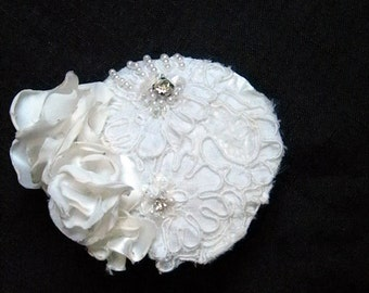Ivory Lace 1920s Inspired Bridal Veil,Vintage beaded Lace Floral headpeice Eco-Bridal Veil-LACEY
