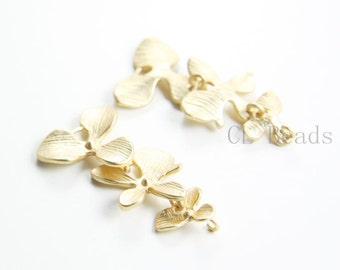 2pcs Matte 16K Gold Plated Brass Base Pendants-Triple Flower Links 36x17mm (56C-R-33)