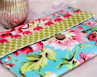 "Macbook Envelope Case, Macbook Cover, Macbook Sleeve, Laptop Case, Laptop Sleeve, 13 or 11""  Macbook Case in Tropical Elephant Walk"