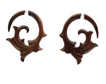 Fake gauge earrings,Hand Craved, Natural  Wood ,tribal style, Split Gauge Earrings ,Sprial,organic,faux plugs,fake piercings
